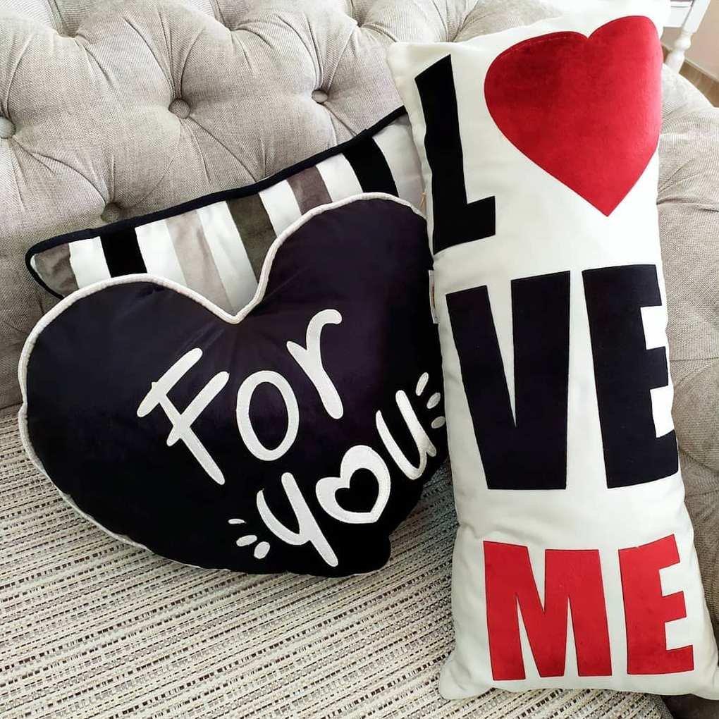 У нас вы можете приобрести замечательные подушки на все случаи жизни!!!