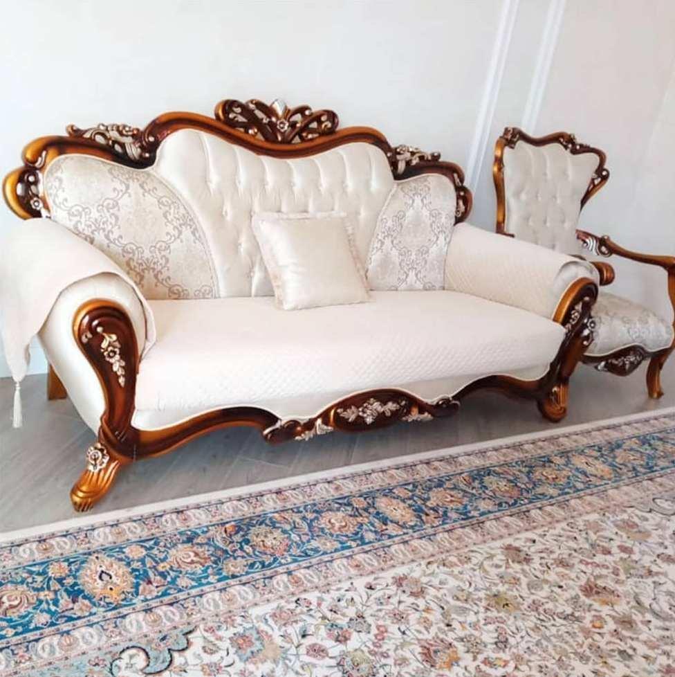 Накидки на диван и кресла.