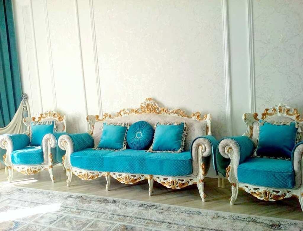 Элегантные и функциональные чехлы на мягкую мебель — отличный способ не только обновить ваш диван, кресла или стулья, но и полностью преобразить интерьер.