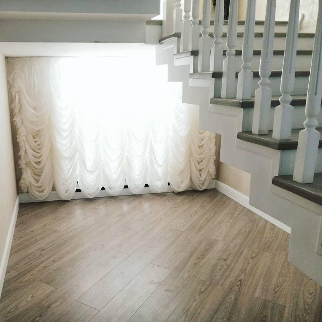 Лестничный проем должен соответствовать дизайну и стилю комнаты