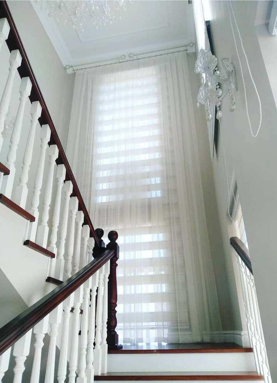 Оформление лестниц шторами