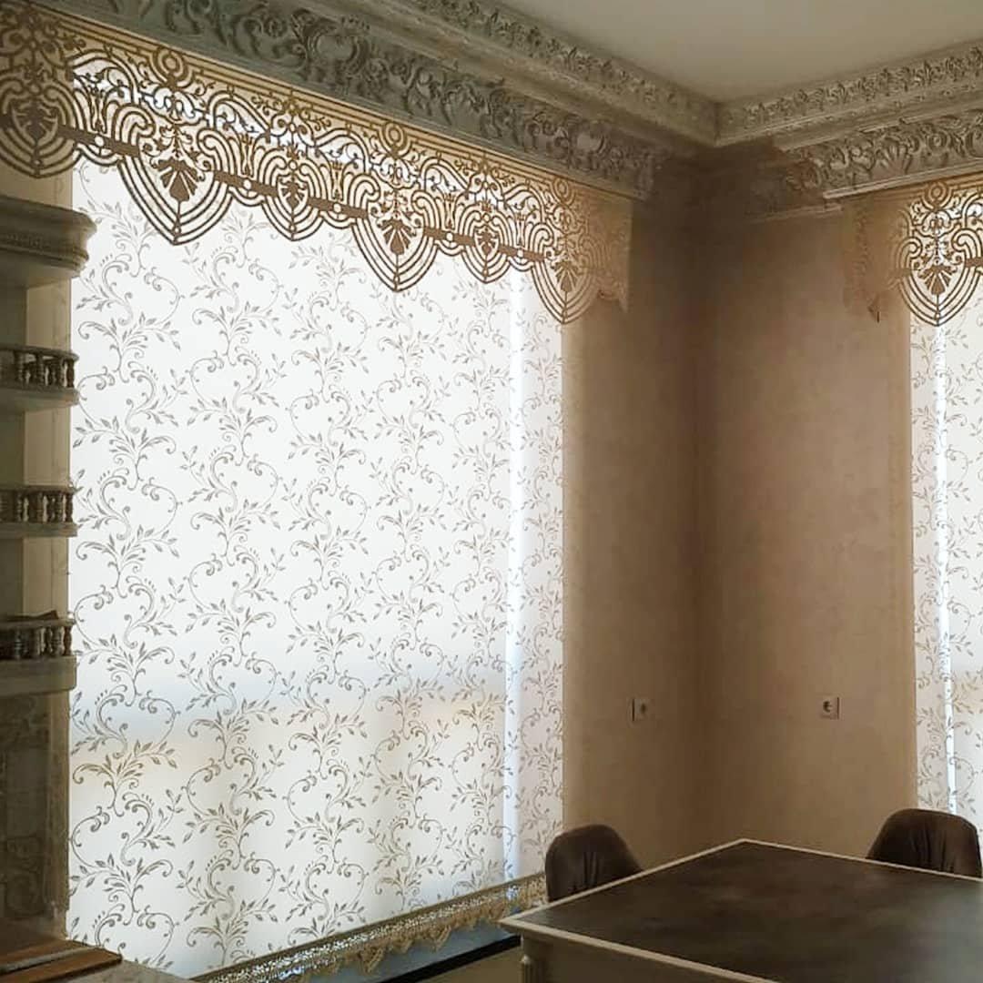Ролл шторы и оформление на кухню