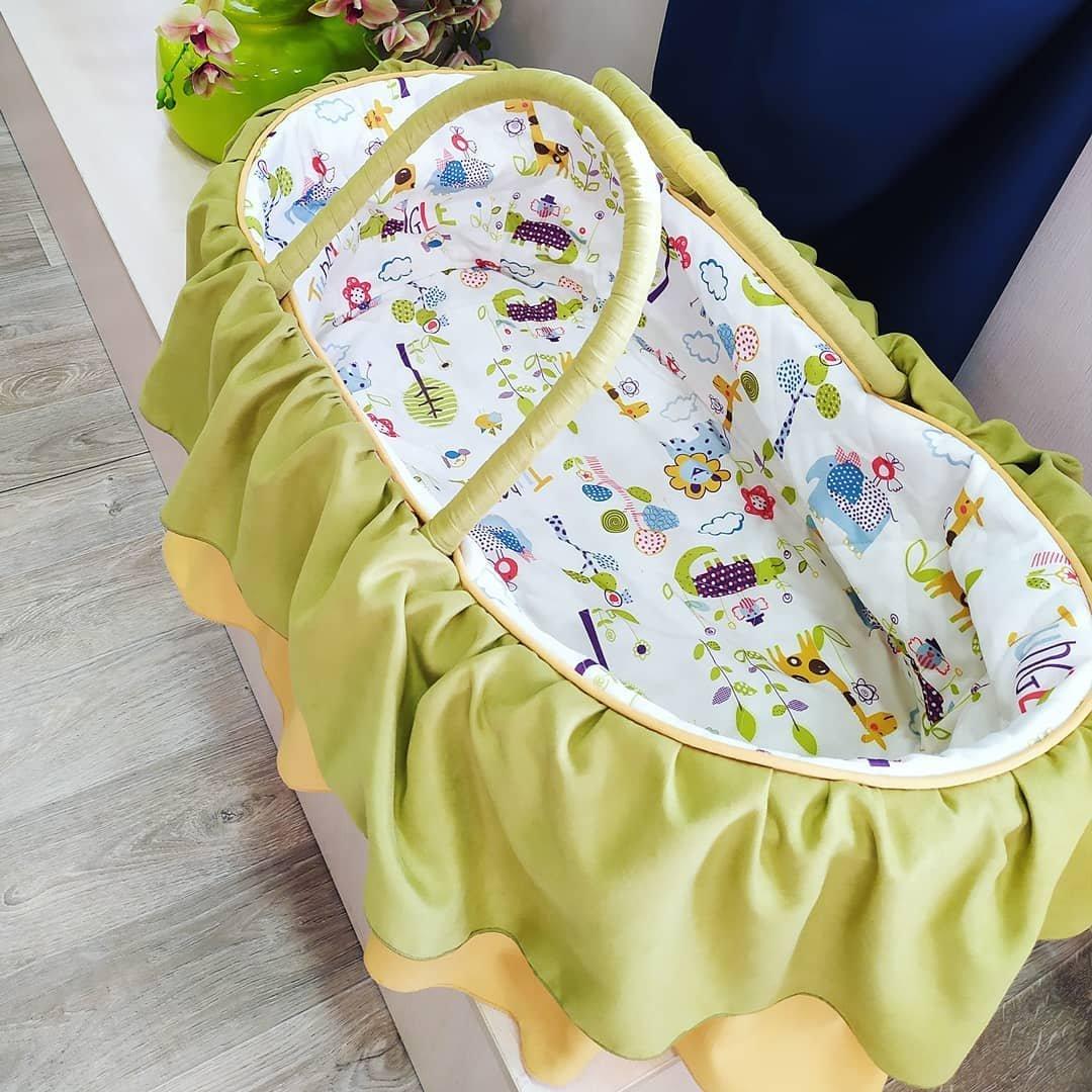 Наши мастерицы постарались, пошили по-летнему жизнерадостные и яркие чехлы и именные подушки с метрикой для малышей.jpg