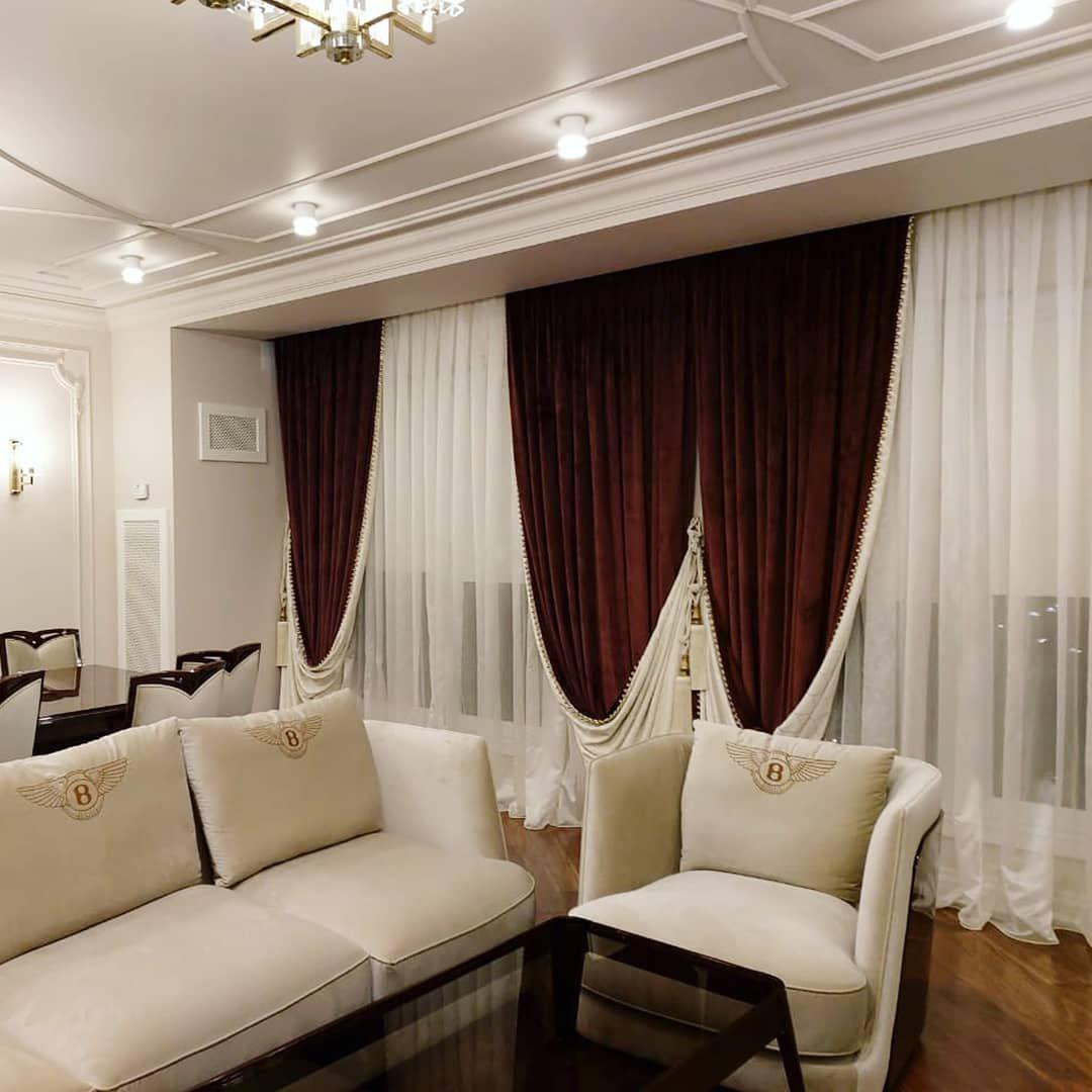 Изысканно оформленное окно придаст вашему интерьера по-настоящему роскошный вид.
