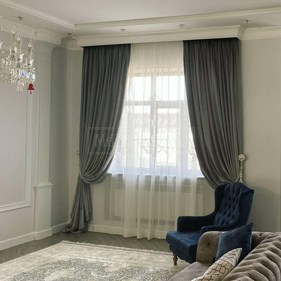 Текстильное оформление интерьера придает ему логическую завершенность, подчеркивает его уникальную стилистику.