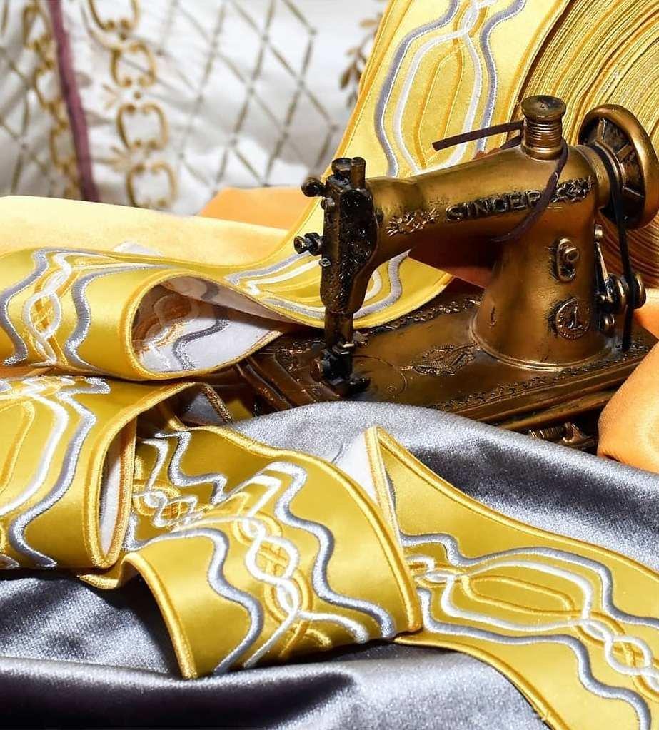 Басонные изделия, шторные ленты, кисти, бахрома в наличие и в хороших метражах. Мы можем предложить что то особенное только для Вас!!! Ведь «Магия штор» - салон Авторского текстиля и неповторимого дизайна