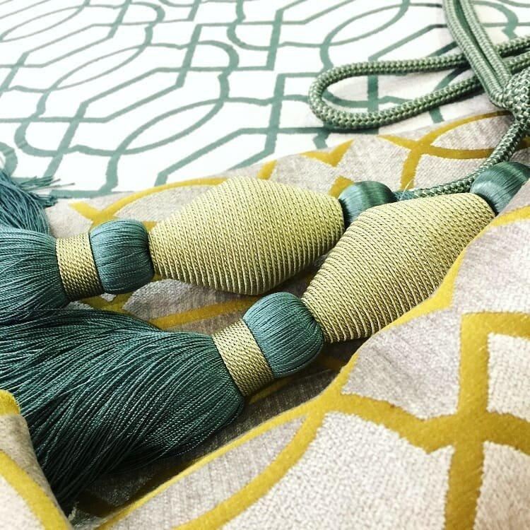 Невероятно большой выбор тканей и фурнитуры в салоне авторского текстиля Магия Штор